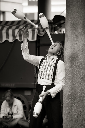 598/1000 - Covent Garden Street Entertainer by Mark Carline