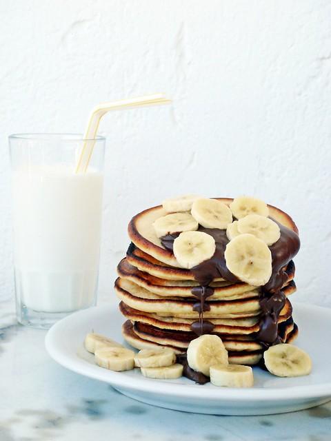 Greeek pancakes with joghurt - Tiganites me giaourti
