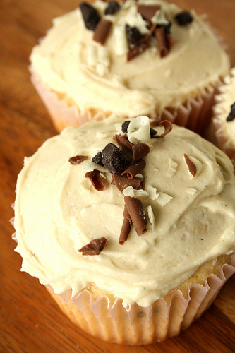 alcohol-based cupcakes Bailey's cupcake recipe cupcake recipes food ...