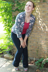 Outfit - Gap jeans, Anthropologie floral blazer