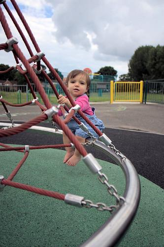 Amélie on the Roundabout