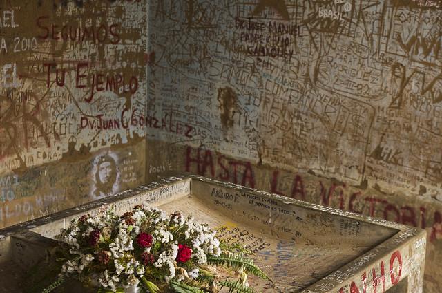 Vallegrande, Che'nin cansız bedeninin sergilendiği hastane çamaşırhanesi