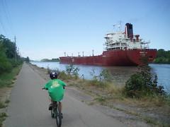P7110105 (GO-by-Bike) Tags: cycling bikes transit greenbelt wellandcanal goldenhorseshoe coachcanada