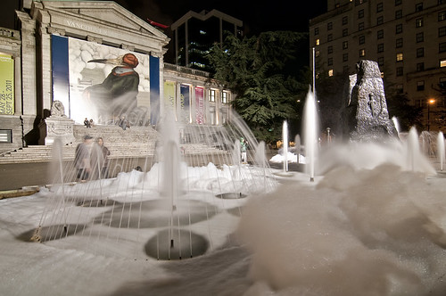 Foaming Fountain  by petetaylor