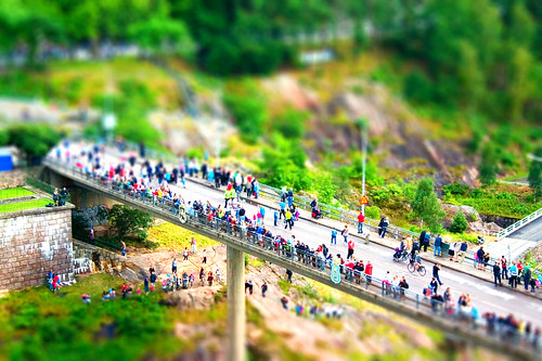Tiltshift bridge