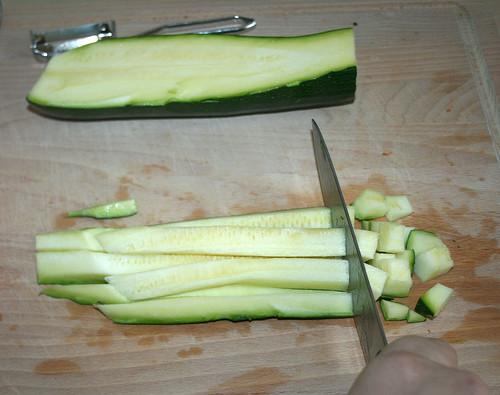 20 - Zucchini würfeln
