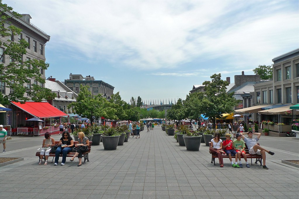 Copyright Photo: Place Jacques Cartier Square - 2011 by Montreal Photo Daily, on Flickr