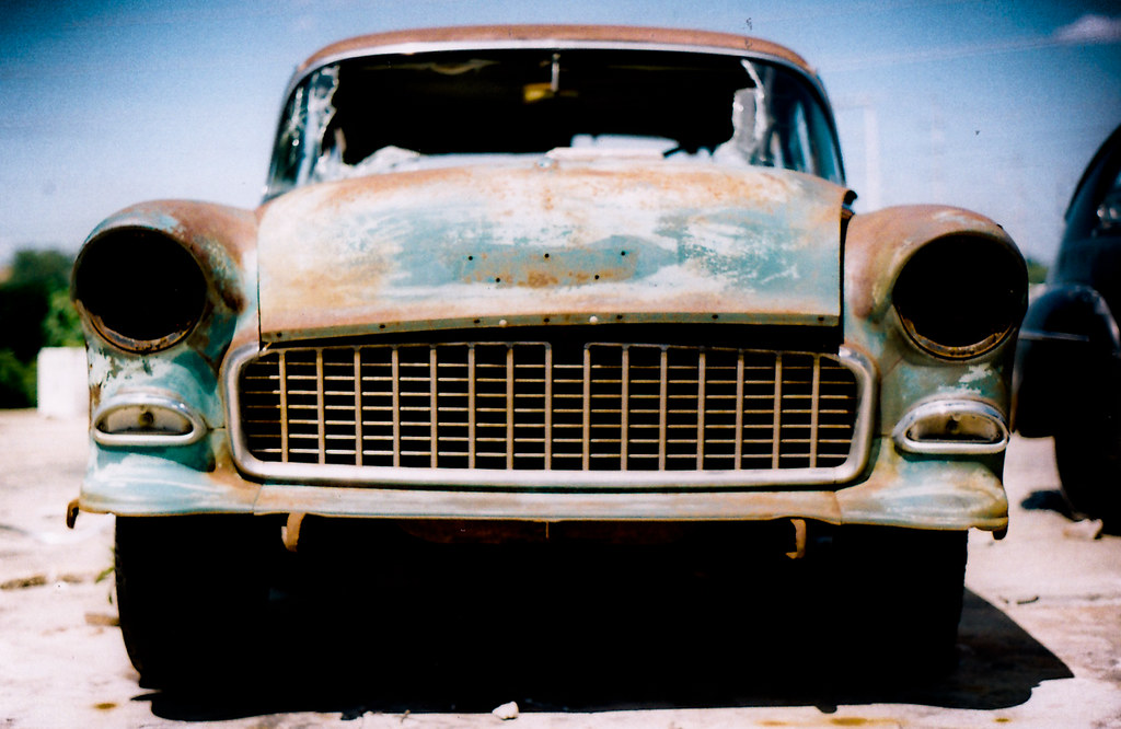 5969942681 cdd6c5514a b Old Car Photography