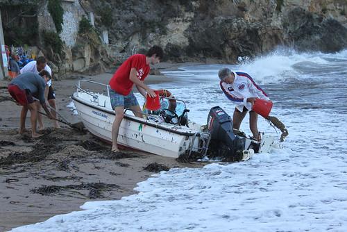 in aiuto della barca