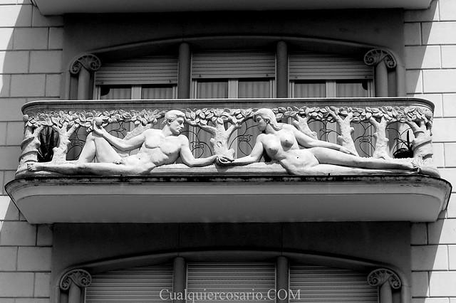 Nudismo de balcón