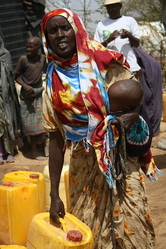 Collecting water at Ifo camp, Dadaab