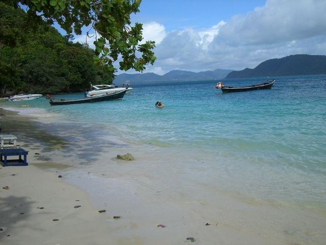 コーラル島ツアー(ビーチリゾートのオプショナルツアー)