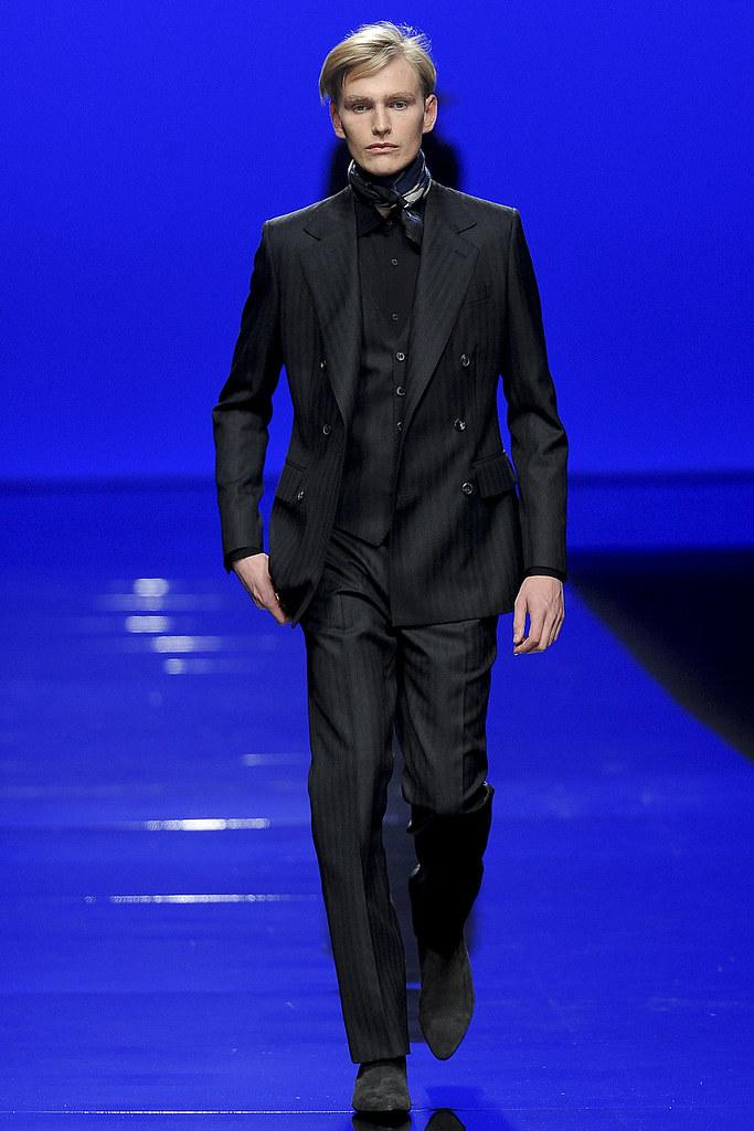 Gerhard Freidl3236_FW11_Milan_Roberto Cavalli(VOGUEcom)