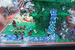 Ninjago Display Case - LEGO Booth at Comic Con - 7