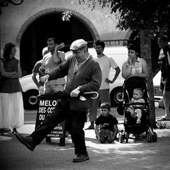 the rain killer (StefanoG.com) Tags: street festival concert samba dancing live voigtlander olympus 11 50 juillet nokton 82 ep2 2011 stefanotofs olympusep2 voigtlandernokton5011 houbasambarock sambaalpais ngrepelisse