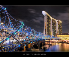 The DNA of Marina Bay Sands Singapore :: HDR (Artie | Photography :: I'm a lazy boy :)) Tags: bridge reflection water architecture modern night photoshop canon buildings landscape lights landscapes singapore skyscrapers tripod wideangle esplanade helix ef 1740mm hdr artie cs3 marinabay lightings 3xp f4l photomatix tonemapping helixbridge tonemap marinabaysands 5dmarkii 5dm2