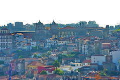 Porto, les toits 31 (paspog) Tags: portugal roofs porto tiles toits decken tuiles
