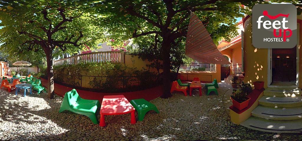 garden-house-hostel-barcelona