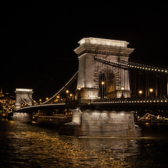 Budapest by night - Szchenyi Chain Bridge, Budapest, Hungary (pas le matin) Tags: bridge light night hungary nightshot streetlights budapest perspective pont duna nuit suspensionbridge danube hungarian magyarorszag lampes magyarorszg lnchd chainbridge szechenyi szchenyi hongrie szchenyilnchd chanes photodenuit pontsuspendu hongrois pontdeschanes pontchanes pontdeschanesszchenyi