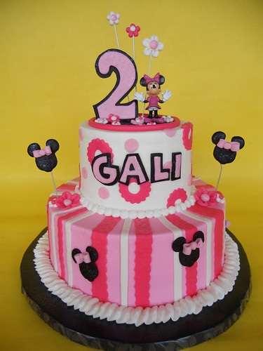 Super Minnie Mouse 2Nd Birthday Cake A Photo On Flickriver Personalised Birthday Cards Veneteletsinfo