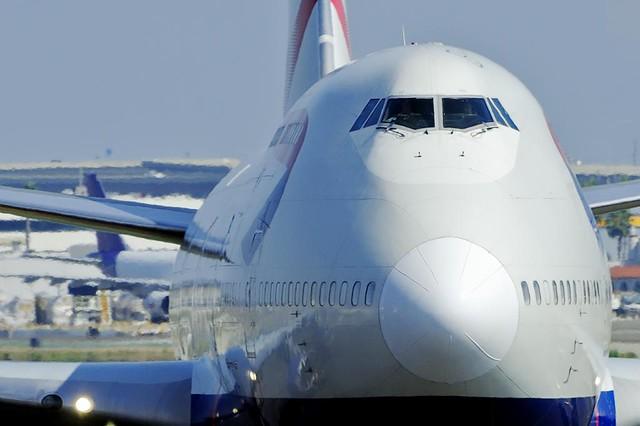 British Airways Boeing 747-436 (G-BNLK)