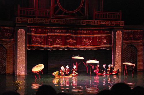Hanoj – loutkové vodní divadlo a další střípky z vietnamské metropole