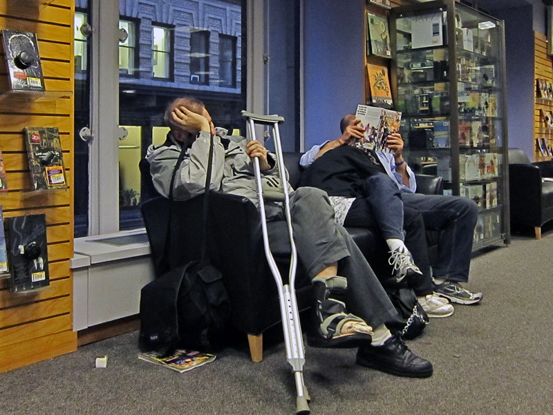 The World's newest photos of bookstore and couch - Flickr