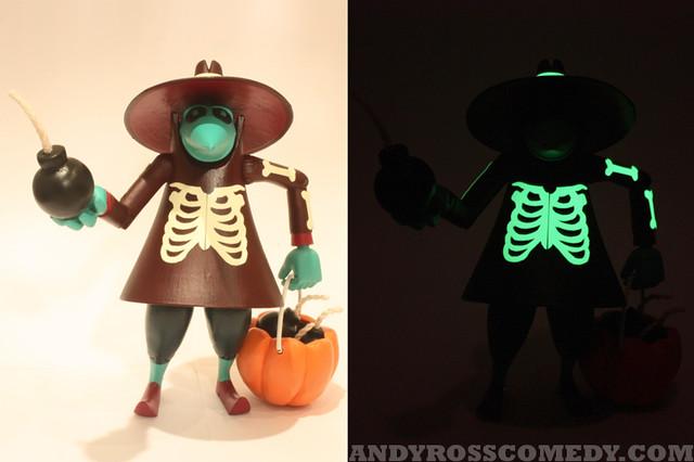 Spy vs Spy Glow Front