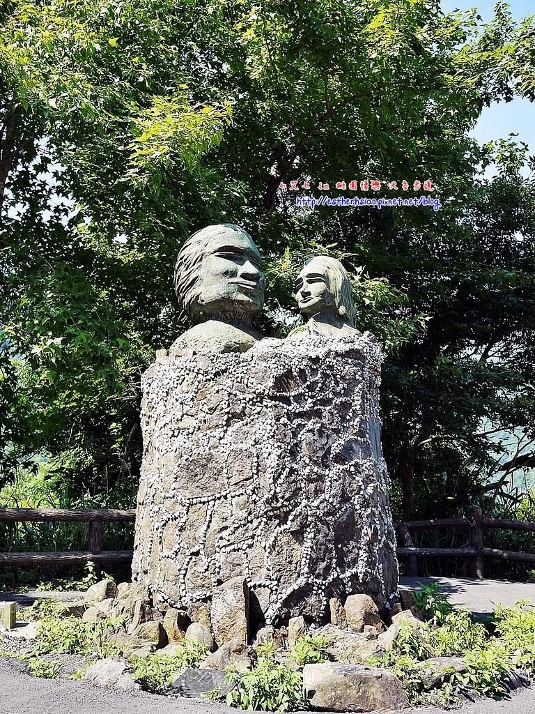 6 不知名的可愛石雕