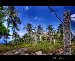 The grass is greener on the other side. (Joachim.Leppl) Tags: nature clouds photoshop canon thailand asia paradise wideangle kohsamui tropics hdr canonefs1022mmf3545usm photomatix totallythailand topazadjust topazdenoise topazsoftware