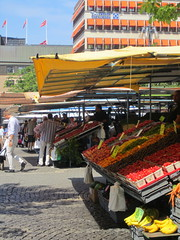 City market, Stockholm (La Citta Vita) Tags: publicspace farmersmarket sweden stockholm neighborhood business creativecommons produce haymarket openair marketsquare sellers capitalcity cityliving hotorget placemaking pedestrianfriendly fruitvendors localgrowers lacittavita