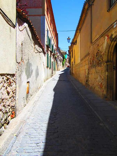 the small streets of Segovia