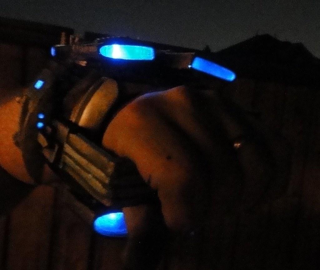Cowboys & Aliens - Jake Lonergan Gauntlet Weapon - Page 10