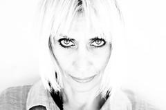 C (mauz sindaco con il sarong) Tags: portrait girl donna eyes c occhi sguardo sorriso bianco fellini bellezza morricone volto mauz monicelli