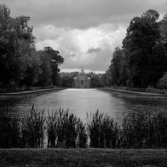 Baroque Perfection (Phil W Shirley) Tags: bw reflection water eh geotagged bedfordshire 365 baroque pavillion englishheritage project365 wrestpark 191365 3652011 365the2011edition 10072011 geo:lat=5200385988140797 geo:lon=041143525003212744 archerpavillion