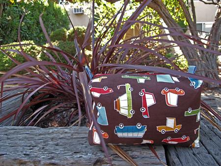Lawn Cosmetic Bag