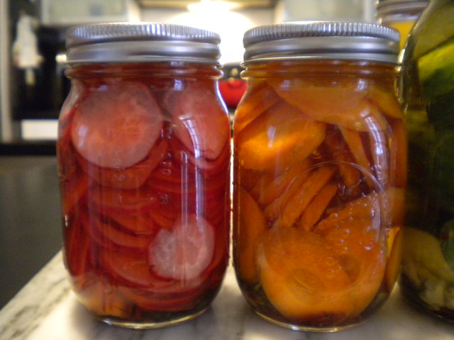 pickled radishes and carrots