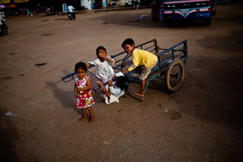 cambodia_kids_kratie-6