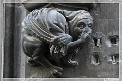 Fassadenfigur Neues Rathaus Mnchen (04) (Georg Sander) Tags: new wallpaper sculpture art monster statue architecture germany munich mnchen de bayern deutschland bavaria tiere arquitectura dragon kunst gothic catedral cologne skulptur dragons legendary gargoyle cathdrale di demon architektur colonia townhall duomo gargoyles creatures creature rathaus bauwerk hdr gargouille figur tier demons kreatur neues grgola gargoil drachen demonios demonio criatura wasserspeier dmon fabelwesen ungeheuer dmon kreaturen dmons baudenkmal mitolgica dmonen dmonisch gargylen