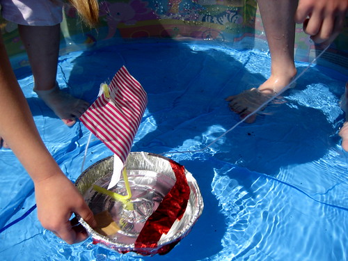 how to make a toy boat sail