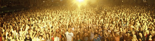 Moby crowd Barcelona