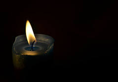 Candle (adeeb feel) Tags: sky apple candle holsten