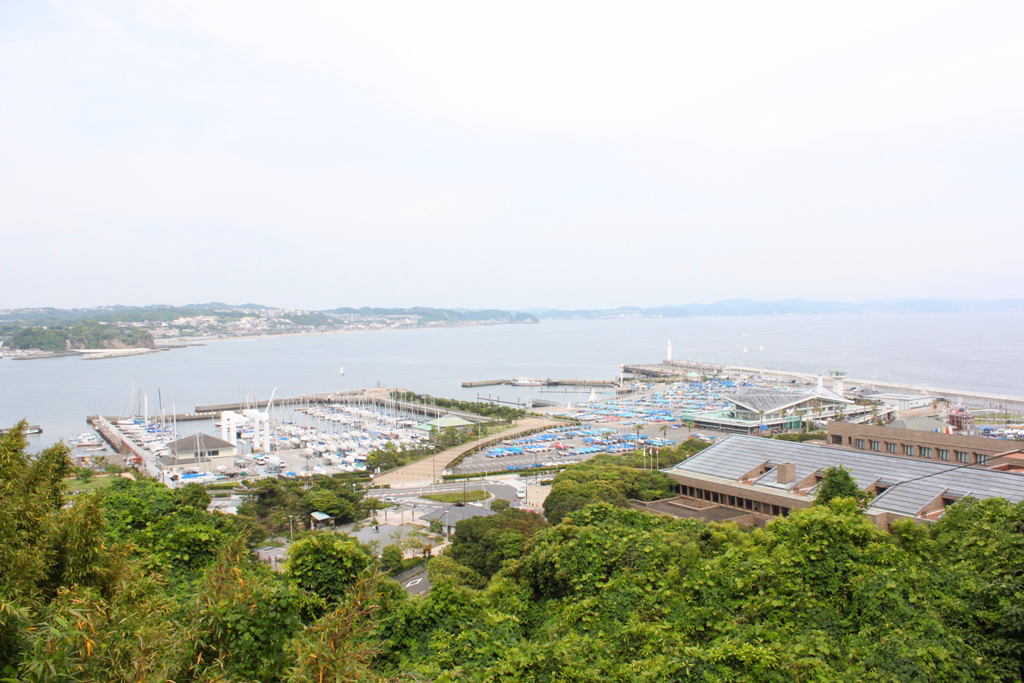 A walking guide of Enoshima (12)