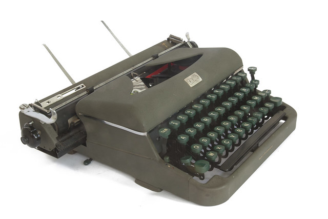 Calanda S typewriter