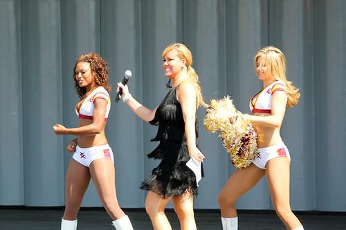 mary murphy and redskins cheerleaders