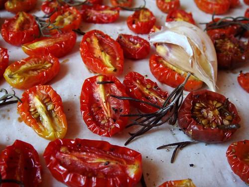 Tomates Confites [Slow Roasted Tomatoes]