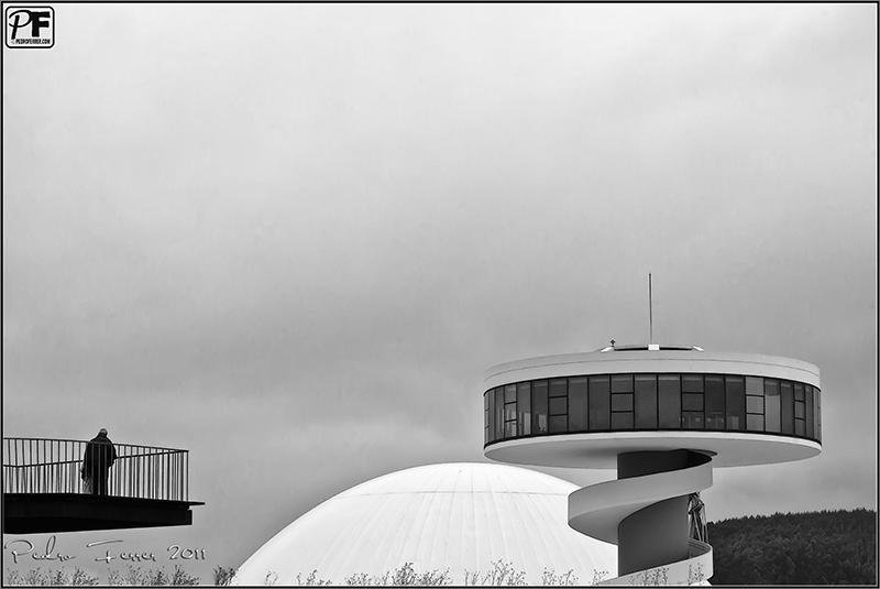 Un pasein por Aviles - Niemeyer