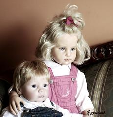 Angelo y Ella. (Rapunzel new (on and off)) Tags: canon dolls ella angelo collectibles puppen hildegardgunzel evahelland leemiddletondolls ringexcellence