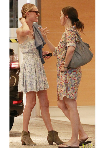 Kate Bosworth.  LEAVES A RESTAURANT IN LOS ANGELES AUGUST 4, 2011