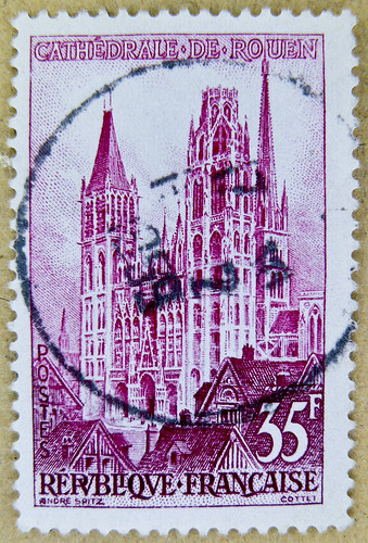 stamp France 35 f Cathedrale de Rouen church timbre Republique Francaise 35 F postage french stamp France postes timbres postage selo França francobolli Francia sello 邮票 法国 yóupiào Fǎguó почтовая марка Франция ongkos kirim perangko Perancis رسوم البريد طو